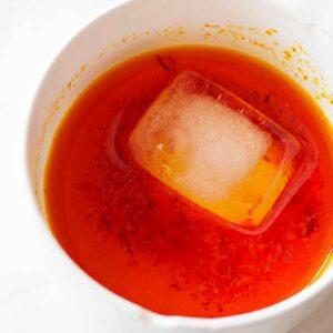 دم کردن زعفران با یخ